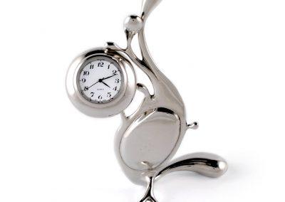 pewter maris clock front